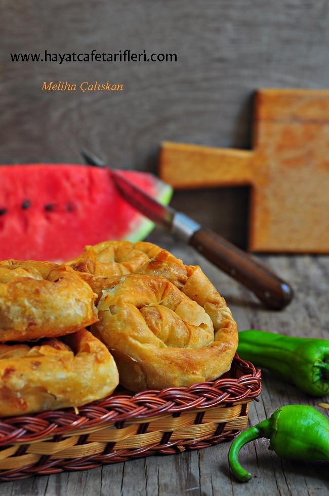 patlıcanlı börekler